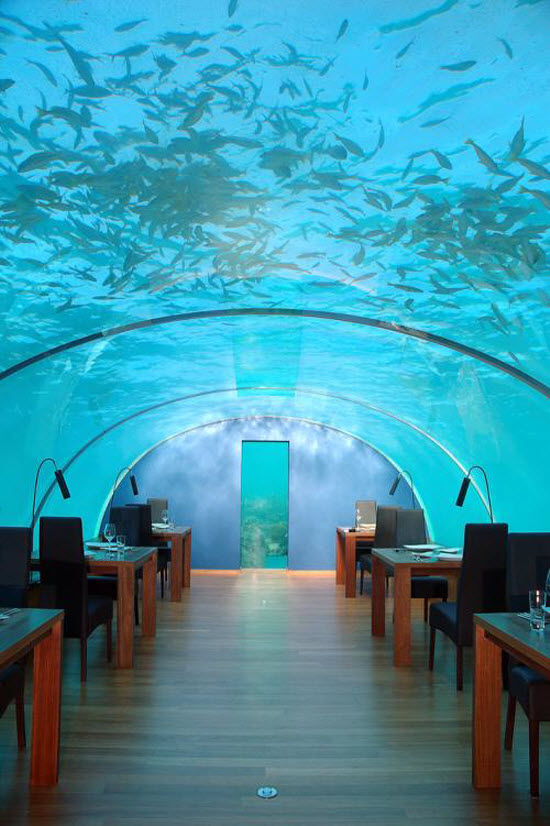 Undersea restaurant